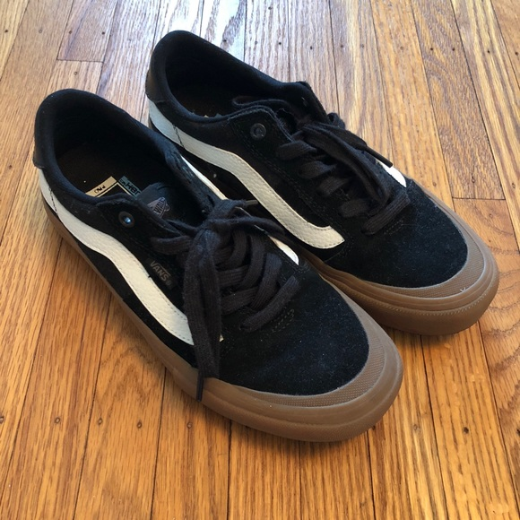 Vans Old Skool Pro With Gumsole SZ 8.5. M 5a7e518100450f42fa63ff0d ba153abcd